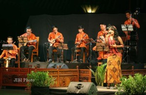201112_SOLO_KERONCONG3